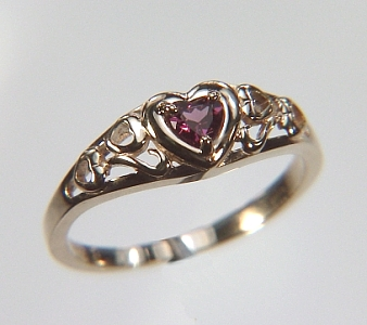 http://www.custom-engagement-rings.com/images/r70768.jpg